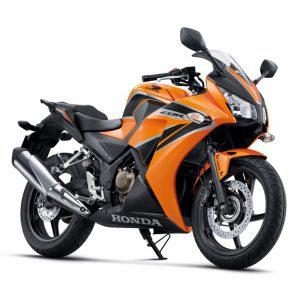 2016-Honda-CBR300R-01