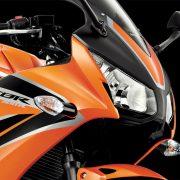 Honda-CBR300R-1